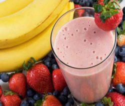 Thức uống thực dưỡng sinh tố chuối và dâu tây 7