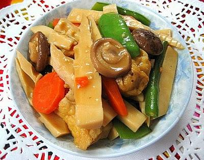 Ngon đậm đà với món chay rau củ kho