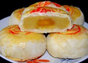 Món chay: Bánh bía chay say đắm lòng người 1
