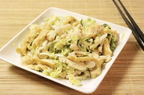 Món chay bắp cải xào đậu phụ và nấm
