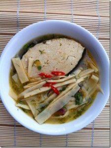 Món chay: Cách nấu món canh măng chua