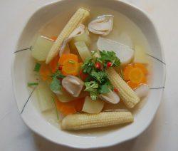 Cách nấu canh thập cẩm củ quả chay ngon ngọt 7