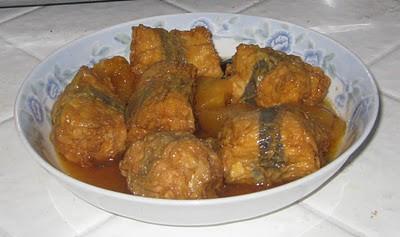 Nấu món chay : Đậu hủ gói hủ ky kho nước dừa .