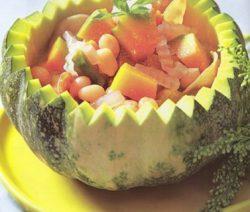 Món chay: canh bí ngô hầm dừa 7