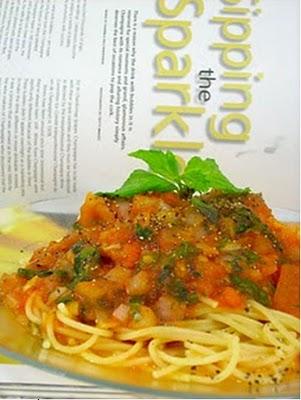 Mì Spaghetti Nấu Xốt Cà Chua và Thảo Mộc 1