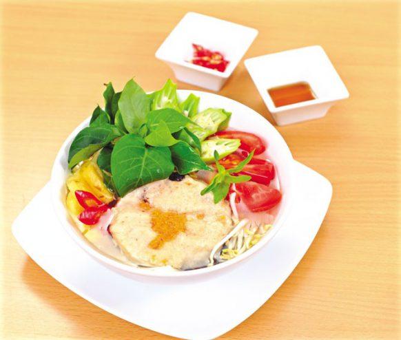 Món chay :Canh chua cá lóc nấu lá giang 1