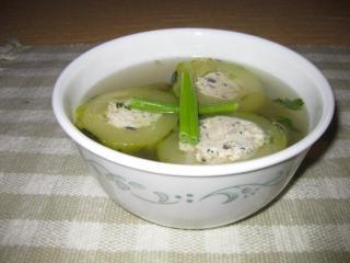 Món chay:Canh đậu hủ dồn bí đao