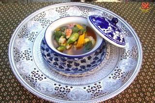 Canh rau cải Thái Lan (Kaeng Liang ) 1