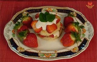 Món chay tráng miệng : Bánh Dâu Tây. 1