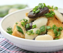 Ngày Rằm ăn ngon với món chay nấm xào hấp dẫn 2
