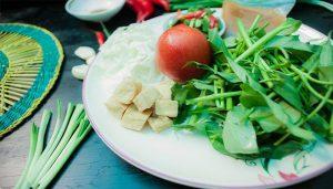 Món chay canh chua rau muống thanh đạm cho bữa tối