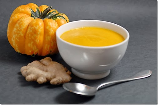 Món chay : Soup bí ngô (Pumpkin soup) .